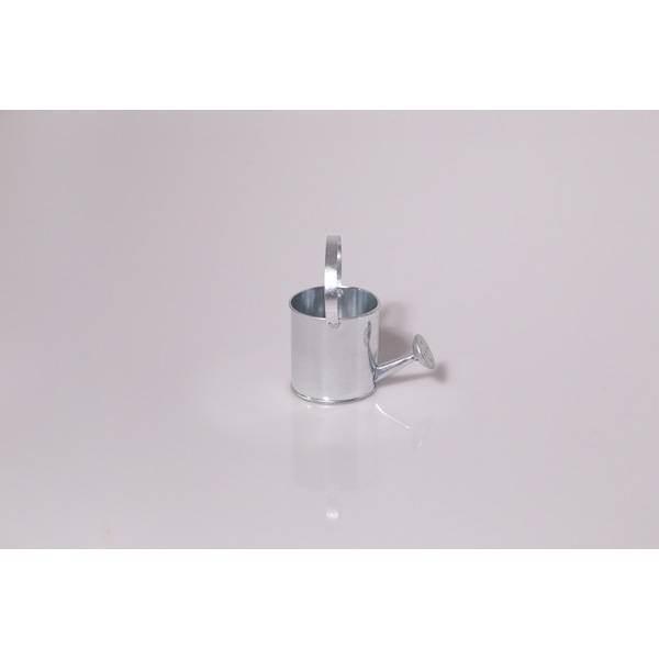 Arrosoir miniature en métal