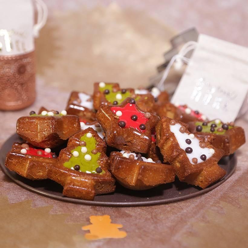 Recette de pain d'épices étoiles et sapins