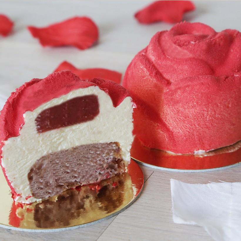 Recette d'entremet fraise amande - forme rose