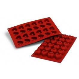Moules silicone 24 savarins cœurs.